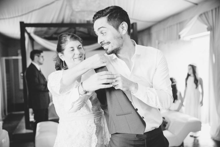 habillage du mariée à la Villa Taj Omayma