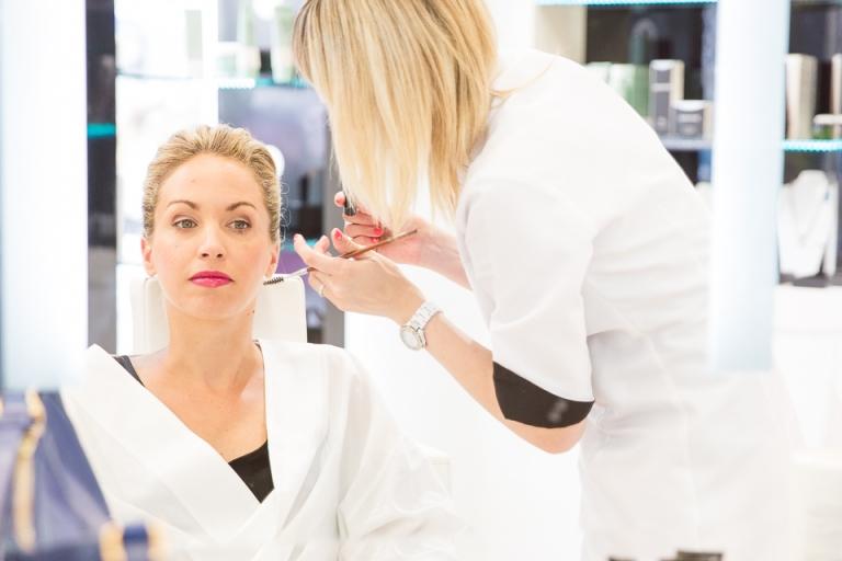 maquillage de la mariée au salon Dessange de Tours