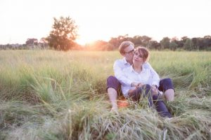 seance couple coucher soleil en touraine
