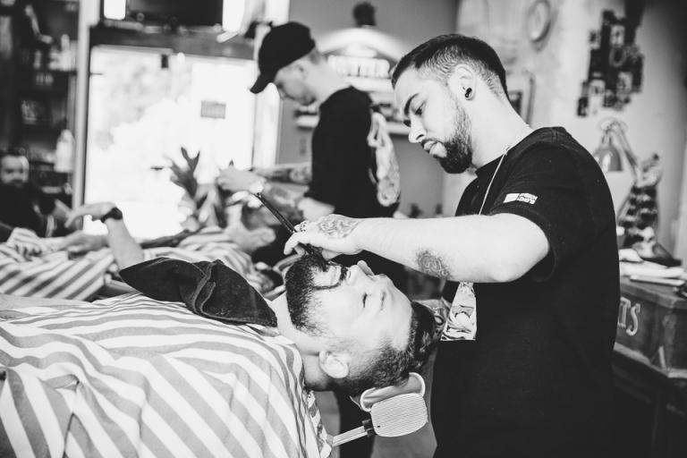 le marié chez le barbier