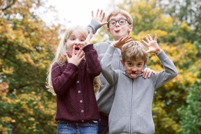 photographe famille au parc sainte radegonde