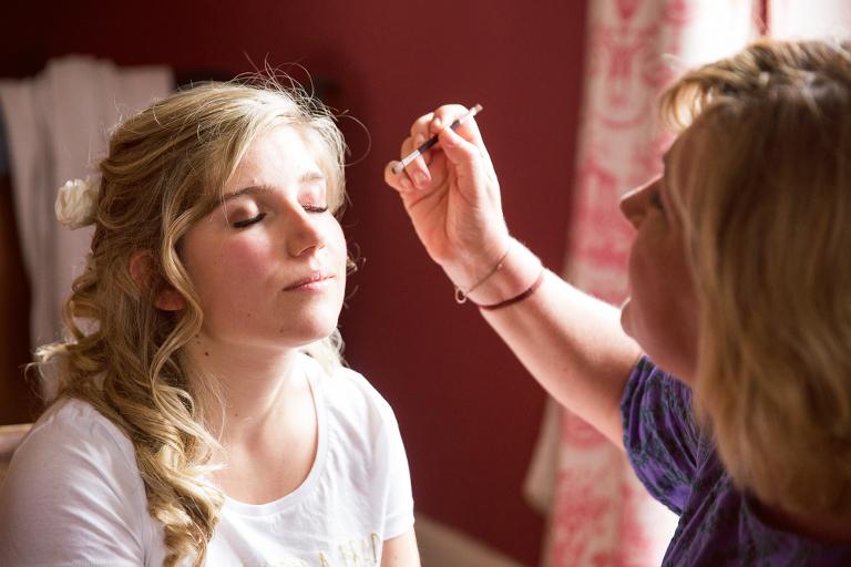 maquillage mariage au Manoir de Clénord