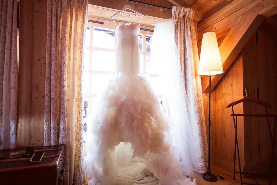 robe de mariée au domaine mont d'Arbois mariage